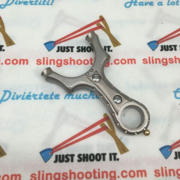 slingshot chiji